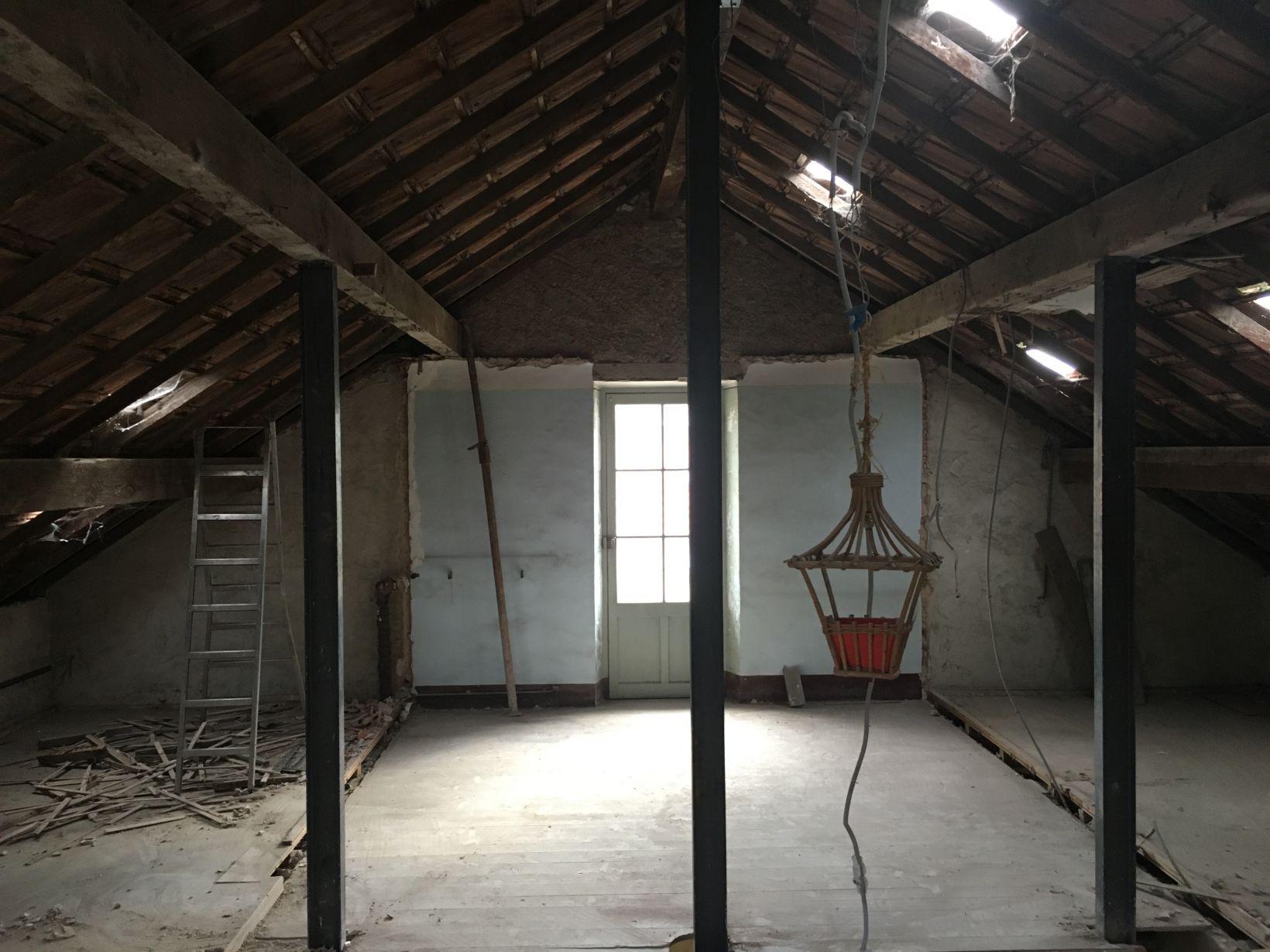 reprise en sous oeuvre d une ancienne maison marseille dans le 13 me arrondissement. Black Bedroom Furniture Sets. Home Design Ideas
