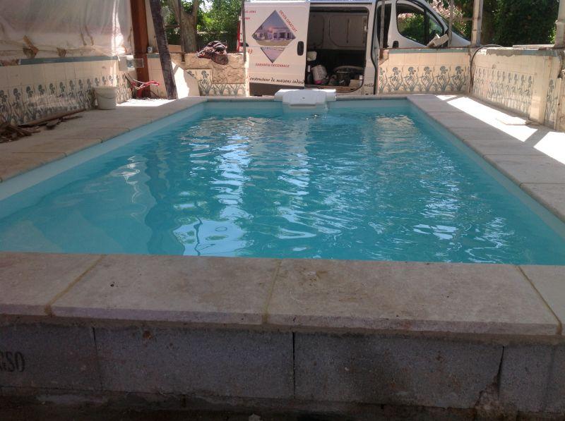 cr ation d une piscine sous une terrasse couverte marseille entreprise maconnerie ruggeri. Black Bedroom Furniture Sets. Home Design Ideas
