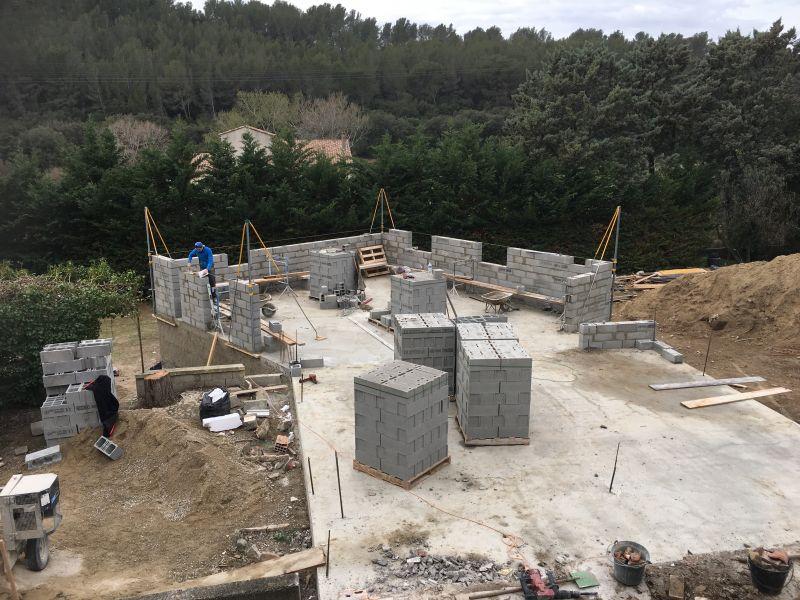 Construction de maison d 39 architecte martigues entreprise for Architecte martigues