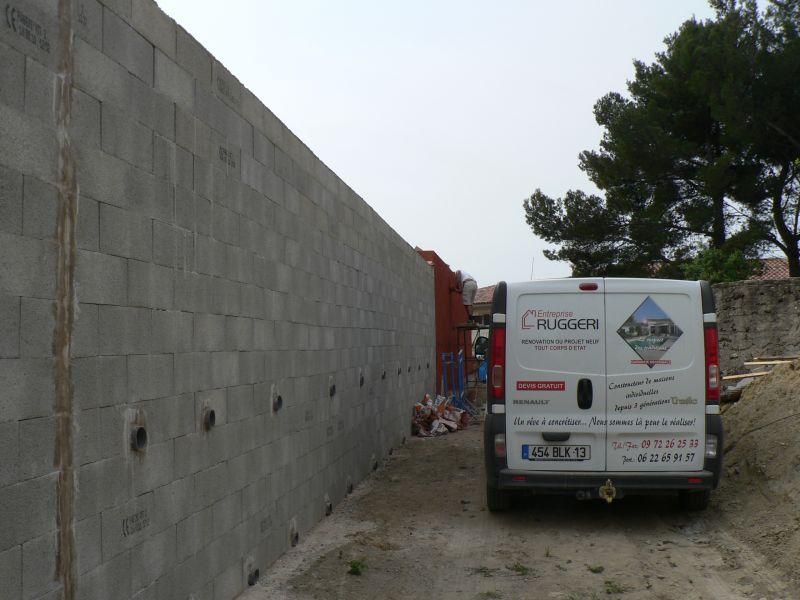 Mur de sout nement en anglo banch avec pose d enduit - Mur en agglo ...